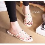 รองเท้าแตะแฟชั่น แบบสวม ดีไซน์หนังเส้นแต่งหมุดสไตล์วาเลนติโน ทรงสวยเก็บเท้า ใส่สบาย แมทสวยได้ทุก