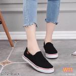 รองเท้าผ้าใบแฟชั่น ทรง slip on เดินเส้นตารางรอบสวยเก๋ ทรงสวย ใส่สบาย แมทได้ทุกชุด (C172)