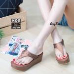 รองเท้าแฟชั่น แบบหนีบ ส้นเตารีด แต่งลายสไตล์อิซเซ่สวยเก๋ ใส่สบาย แมทสวยได้ทุกชุด (JK8007)