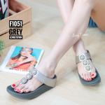 รองเท้าแตะแฟชั่น แบบหนีบ แต่งคลิสตัลกลมสวยเก๋ พื้นซอฟคอมฟอตนิ่มสไตล์ฟิตฟลอบ ใส่สบายมาก แมทสวยได้ทุกชุด (F1051)