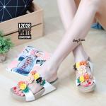 รองเท้าแตะแฟชั่น เพื่อสุขภาพ แบบสวม แต่งดอกไม้ด้านหน้าสวยเก๋ พื้นซอฟคอมฟอตนิ่ม สไตล์ฟิตฟลอบ ใส่สบาย แมทสวยได้ทุกชุด (L2028)