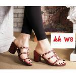 รองเท้าแฟชั่น ส้นสูง แบบสวม สไตล์วาเลนติโน แต่งหมุดทองสวยเก๋ ทรงสวยเก็บเท้า ส้นตัดสูงประมาณ 2.5 นิ้ว ใส่สบาย แมทสวยได้ทุกชุด