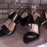 รองเท้าแฟชั่น รัดส้น แต่ง V อะไหล่ทองสวยเก๋ ส้นตัดสูงประมาณ 3 นิ้ว ใส่สบาย แมทสวยได้ทุกชุด