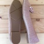 รองเท้าคัทชู ส้นแบน เดินเส้นตารางแต่งโบว์และหมุดรอบตัวสวยน่ารัก ทรงสวย หนังนิ่ม ใส่สบาย แมทสวยได้ทุกชุด (600631)