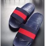 รองเท้าแตะแฟชั่น แบบสวม แต่งลายแถบสีสไตล์แบรนด์สวยเก๋ วัสดุอย่างดี พื้นยางนิ่มยืดหยุ่น ใส่สบาย แมทเก๋ได้ทุกวัน