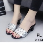 รองเท้าแฟชั่น แบบสวม ส้นสูง แต่งลายสไตล์อิซเซ่สวยเก์ ส้นตัดสูงประมาณ 2.5 นิ้ว ใส่สบาย แมทสวยได้ทุกชุด (D-153)