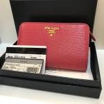 (SOLDOUT)Prada Wallet รุ่นใหม่ลายไม้
