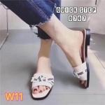 รองเท้าแตะแฟชั่น แบบสวม แต่งโบว์สไตล์แบรนด์ รุ่นสุดฮิต วัสดุอย่างดี ใส่สบาย แมทสวยได้ทุกชุด (D767)