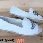 รองเท้าผ้าใบ ส้นเตี้ย ทรง slip on ปักลายนกยูงน่ารัก ส้นแต่งเชือกถัก ใส่สบาย ทรงสวย แมทสวยได้ทุกชุด (600613)