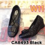 รองเท้าคัทชู ส้นเตารีด แต่งอะไหล่สไตล์แบรนด์สวยดูดี หนังนิ่มอย่างดี ปักลายรอบตัว พื้นนิ่ม ใส่สบาย ส้นประมาณ 2 นิ้ว แมทสวยได้ทุกชุด (CA8493)