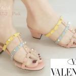 รองเท้าแฟชั่น ส้นสูง แบบสวม สไตล์วาเลนติโน สายสลับสีแต่งหมุดทองสวยเก๋ ทรงสวยเก็บเท้า ส้นตัดสูงประมาณ 2.5 นิ้ว ใส่สบาย แมทสวยได้ทุกชุด (M217-2)