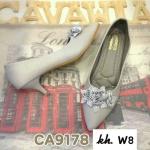 รองเท้าคัทชู ส้นเตี้ย แต่งช่อดอกไม้ด้านหน้าสวยหวานดูดี ส้นประมาณ 2 นิ้ว หนังนิ่ม ใส่สบาย ทรงสวย แมทสวยได้ทุกชุด (CA9178)