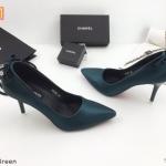 รองเท้าคัทชู ส้นสูง แต่ส้นโบว์ห้อยอะไหล่เพชรสวยหรู หนังนิ่ม ทรงสวย ส้นสูงประมาณ 3 นิ้ว ใส่สบาย แมทสวยได้ทุกชุด (K9105)
