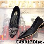 รองเท้าคัทชู ส้นเตี้ย แต่งอะไหล่สวยหรู ส้นแต่งอะไหล่ทอง หนังนิ่มอย่างดี พื้นนิ่ม ส้นสูงประมาณ 1.5 นิ้ว ใส่สบาย แมทสวยได้ทุกชุด (CA9017)