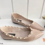 รองเท้าคัทชู ส้นแบน หนังแก้วเงาแต่งหมุดขอบสไตล์วาเลนติโนสวยเก๋ หนังนิ่ม ทรงสวย ใส่สบาย แมทสวยได้ทุกชุด (K9019)