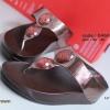 รองเท้าแตะเพื่อสุขภาพ แบบคีบ ประดับเม็ดคริสตัล [สีน้ำตาล ]