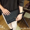 กระเป๋าถือ กระเป๋าคลัช ประดับอะไหล่ดำเมทัลลิค [สีดำ ]