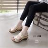 รองเท้าส้นตันเปิดส้น แบบสวม สายคาดคู่ สไตล์ลำลอง [สีทอง ]