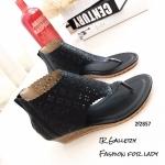 พร้อมส่ง รองเท้าหุ้มข้อสีน้ำสีดำ แฟชั่นแคชชวล ฉลุลาย แฟชั่นเกาหลี [สีดำ ]