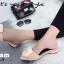 พร้อมส่ง รองเท้าส้นเตี้ยเปิดส้นสีครีม หัวแหลม แต่งกุหลาบ แฟชั่นเกาหลี [สีครีม ] thumbnail 2