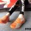 พร้อมส่ง รองเท้าผ้าใบแฟชั่นสีส้ม ไร้เชือก สไตล์ Sport Girls แฟชั่นเกาหลี [สีส้ม ] thumbnail 3