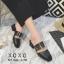 พร้อมส่ง รองเท้าส้นเตี้ยสีดำ แต่งหัวเข็มขัด แฟชั่นฮิตมากในเกาหลี แฟชั่นเกาหลี [สีดำ ] thumbnail 2