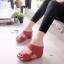 รองเท้าส้นเตารีดเปิดส้น ทรงสวม สายคาดสองตอน [สีแดง ] thumbnail 1