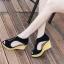 รองเท้าส้นเตารีดรัดส้น หุ้มข้อ แต่งซิป [สีดำ ] thumbnail 1