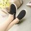 พร้อมส่ง รองเท้าผ้าใบแฟชั่นสีดำ แบบสวม ผ้าแคนวาส แฟชั่นเกาหลี [สีดำ ] thumbnail 2