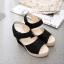 พร้อมส่ง รองเท้าส้นเตารีด รัดส้น ผ้าลูกไม้ สไตล์เกาหลี แฟชั่นเกาหลี [สีดำ ] thumbnail 4