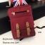 กระเป๋าเป้ผู้หญิง กระเป๋าสะพายข้างแฟชั่น แต่งหูหนังพียูเข็มขัดสอด [สีแดง ]