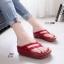 รองเท้าแตะเพื่อสุขภาพ หูหนีบ หน้าเท้าว้างใส่สบาย [สีแดง ] thumbnail 1