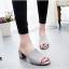 รองเท้าส้นตันเปิดส้น แบบสวม [สีเทา ] thumbnail 1