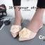 พร้อมส่ง รองเท้าส้นเตี้ยเปิดส้นสีครีม หัวแหลม แต่งกุหลาบ แฟชั่นเกาหลี [สีครีม ] thumbnail 1