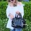 กระเป๋าถือ กระเป๋าสะพายข้างแฟชั่น Robot Nologo เนื้อเงา [สีดำ ] thumbnail 3