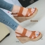 รองเท้าส้นเตารีดรัดส้น สายไขว้ กระชับเท้า [สีน้ำตาล ] thumbnail 1