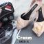พร้อมส่ง รองเท้าส้นเตี้ยเปิดส้นสีครีม หัวแหลม แต่งกุหลาบ แฟชั่นเกาหลี [สีครีม ] thumbnail 4