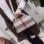 กระเป๋าถือ กระเป๋าสะพายข้างแฟชั่น นำเข้า Style Burberry [สีขาว ] thumbnail 4