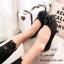 พร้อมส่ง รองเท้าคัทชูส้นแบน แต่งอะไหลดอกคามิลเลีย StyleChanel แฟชั่นเกาหลี [สีดำ ] thumbnail 1