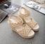 พร้อมส่ง รองเท้าส้นเตารีด รัดส้น ผ้าลูกไม้ สไตล์เกาหลี แฟชั่นเกาหลี [สีครีม ] thumbnail 2