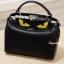 กระเป๋าถือ กระเป๋าสะพายข้างแฟชั่น Fendi monster [สีดำ ] thumbnail 9