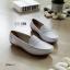 รองเท้าคัทชูพยาบาล สไตล์ Loafer (สีขาว) thumbnail 3